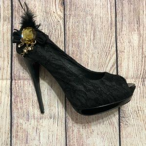 Size 8 - 2LipsToo Black Lace Peep Toe Pumps
